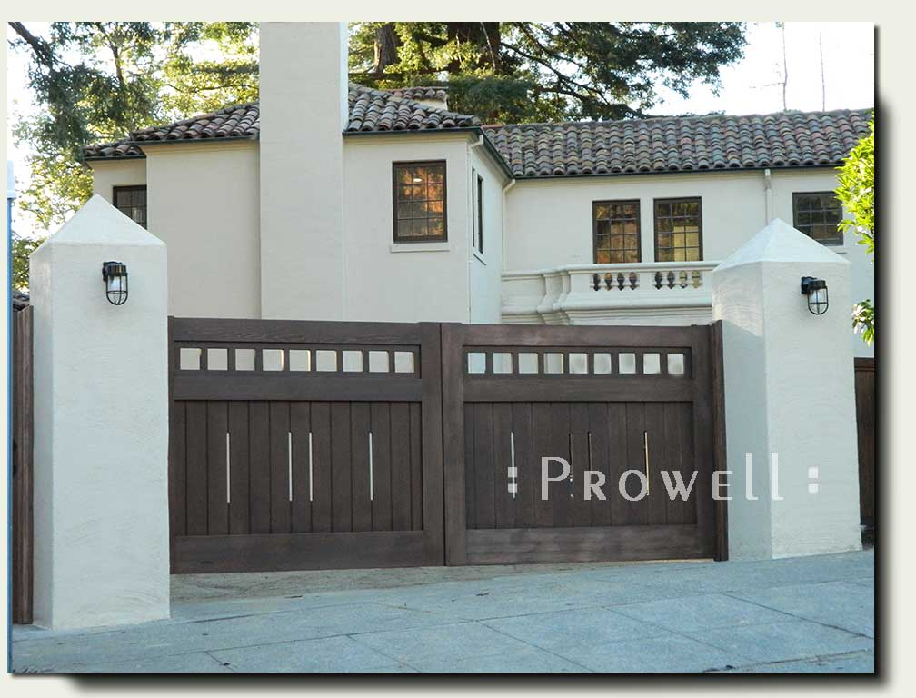 Craftsman Wood Driveway Gate #15 in Oakland, CA. Prowell woodworks