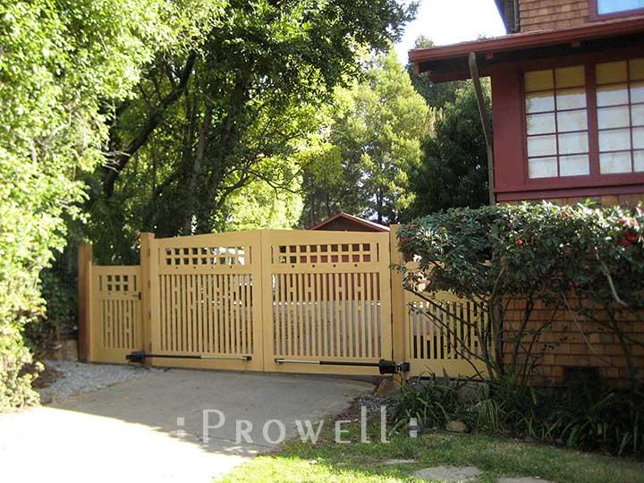 custom wood driveway gates in California