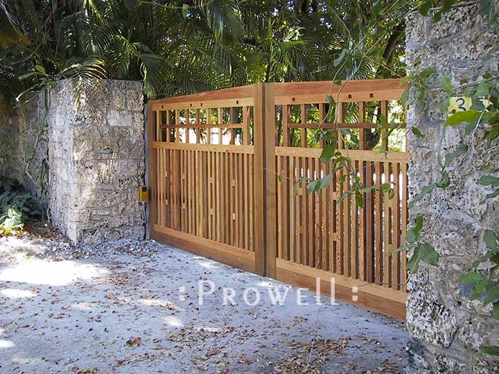 custom wood driveway gates 16 in Miami, Florida
