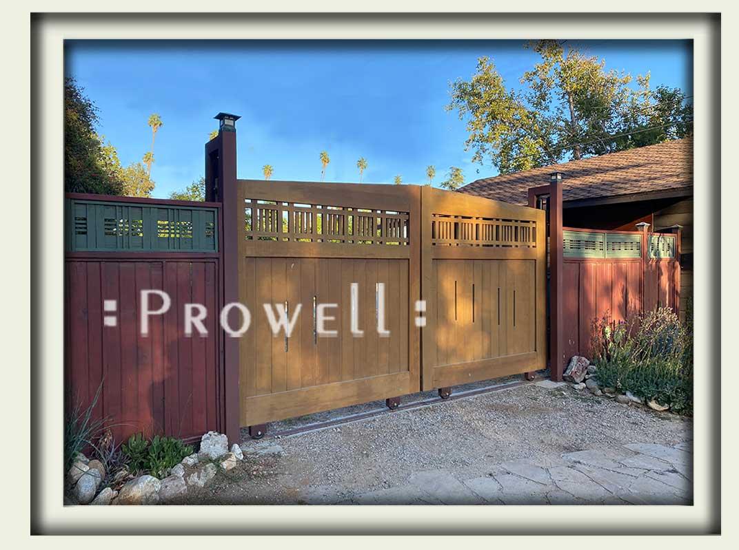 custom wood skliding driveway gate in Pasadena, CA. Prowell woodworks