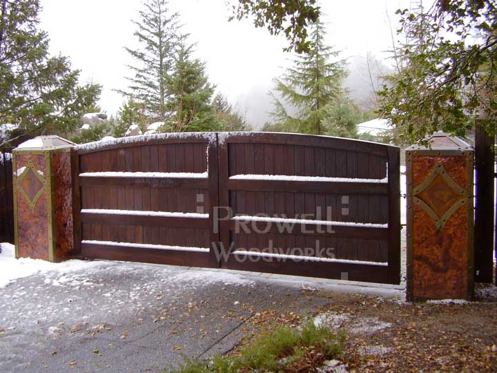 site photograph showing the privacy driveway gate #6-1 in san francisco bay area