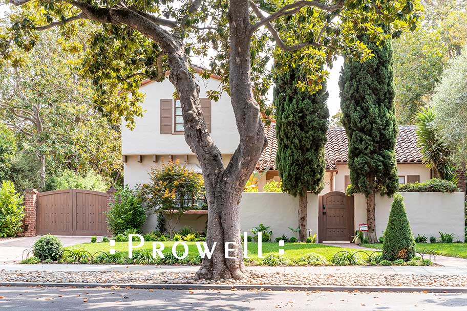 site photograph showing the driveway security gates #8-1 in Palo Alto, California
