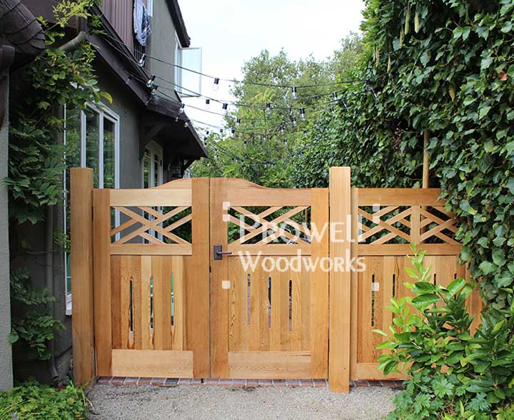 colonial custom wood fence design #23