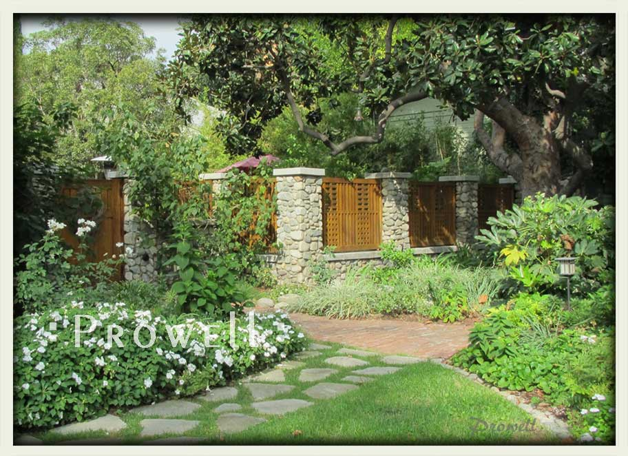 site photograph showing the gate design #10-3 and wood fence years after installation in Los Angeles #10-3