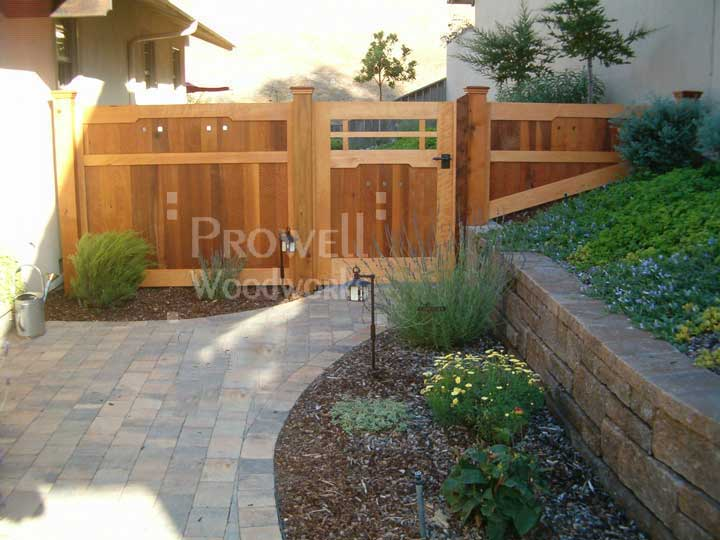 sloped privacy fence in Monteray County, CA