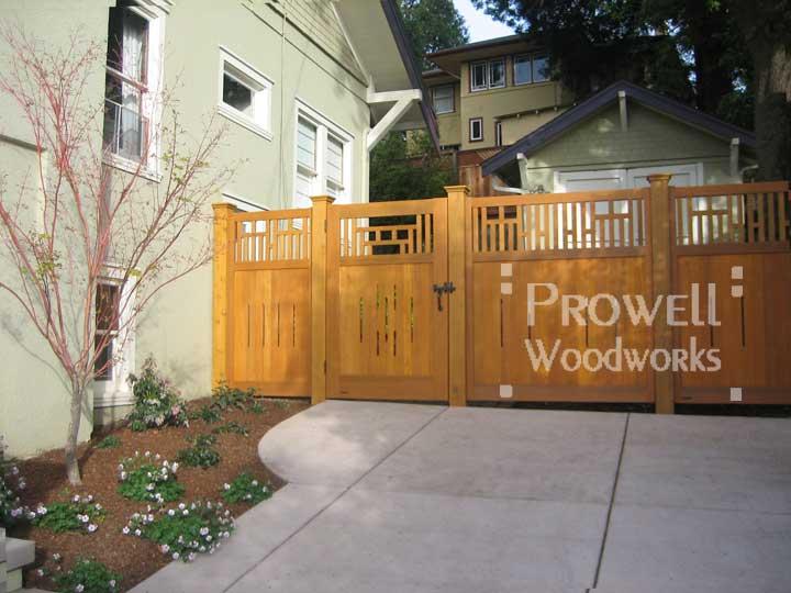 custom wood fence panel in Oakland, CA