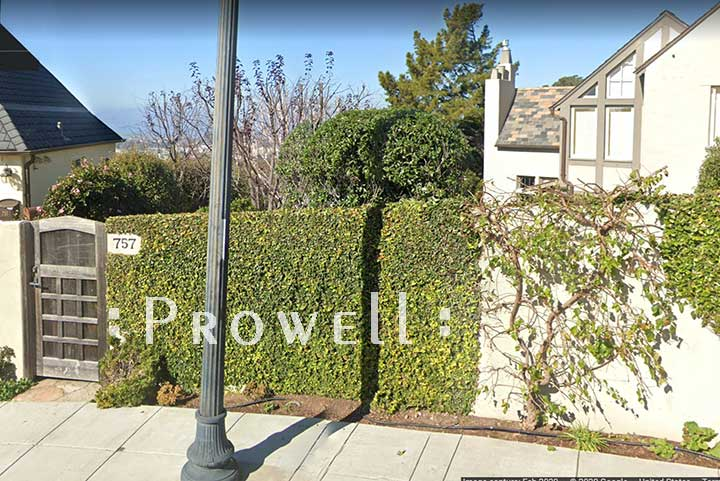 Site photograph showing the wooden front gate #110c in berkeley, California