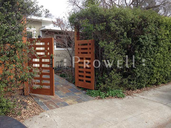 site photo showing the entry gates #114-1 in Palo Alto, California