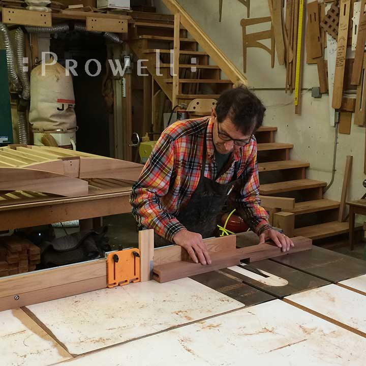 show photo showing how to build the custom wood gates #114