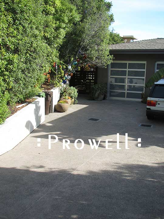 site photograph showing the outdoor gate #114 on approach to the residence in marin County, CaliforniaWood Gates for modern architecture in Marin County, CA