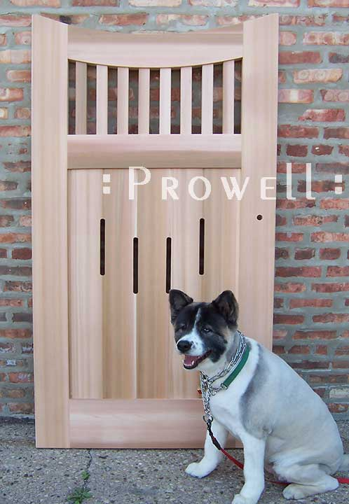 curved wood gate #17-7 with pup in Silicone Valley, california