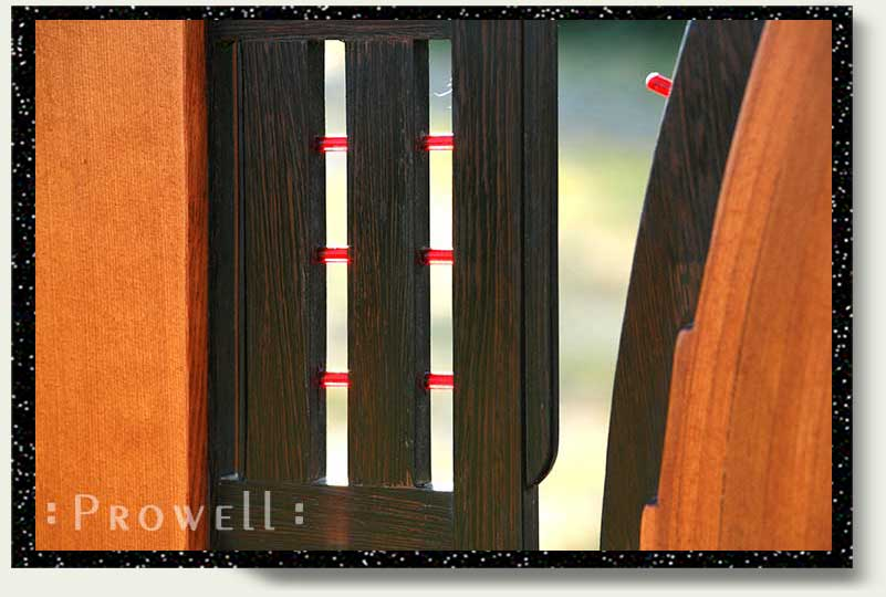 photograph showing the abstract details for wood gate #200