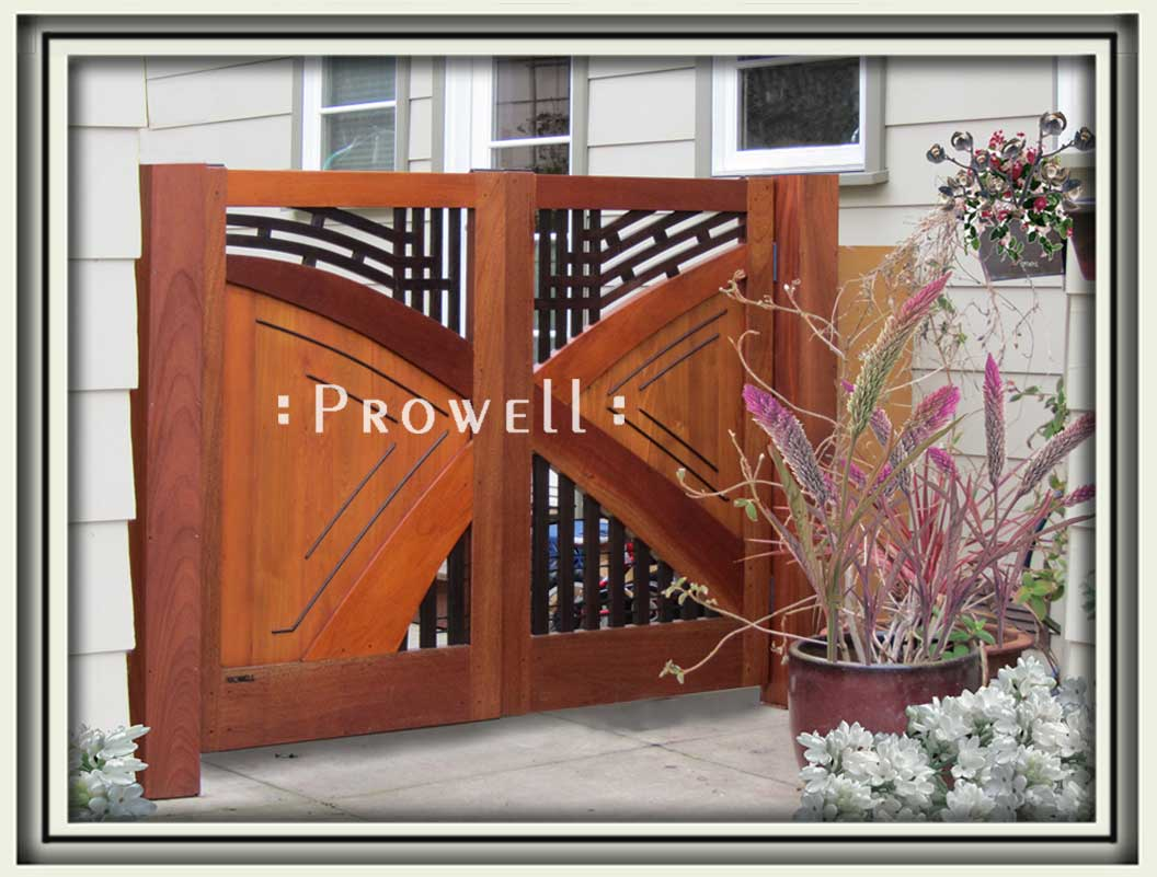 site photograph showing the double modern front gate #202 in Petaluma, California