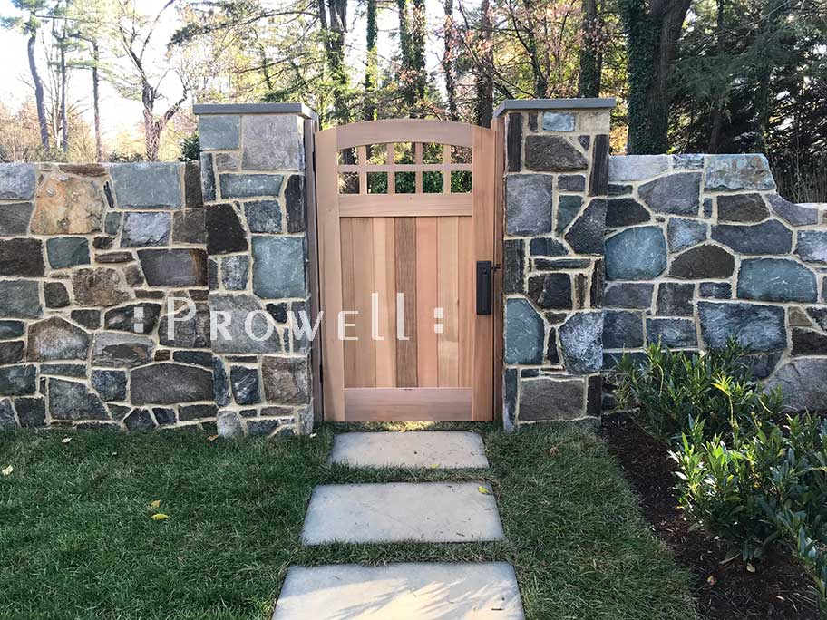 image of curved wooden gate 20-24 in Maryland. Prowell