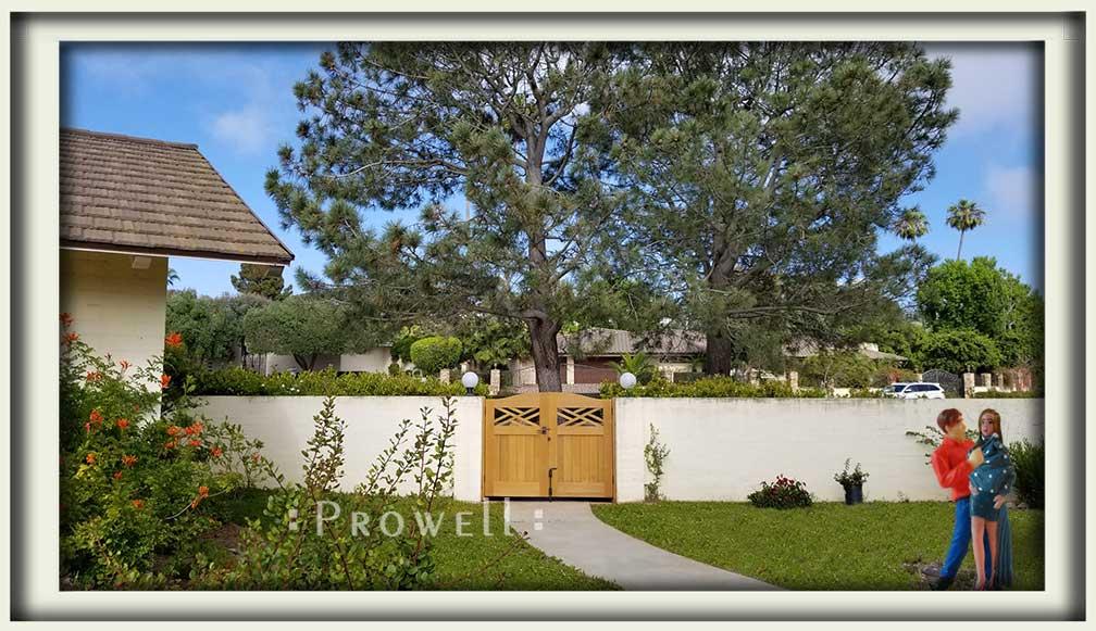 showing the Colonial garden gate #23-7 in La Jolla, California