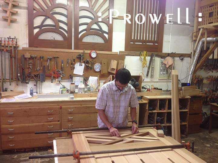 Ben prowell building the colonial gate #23