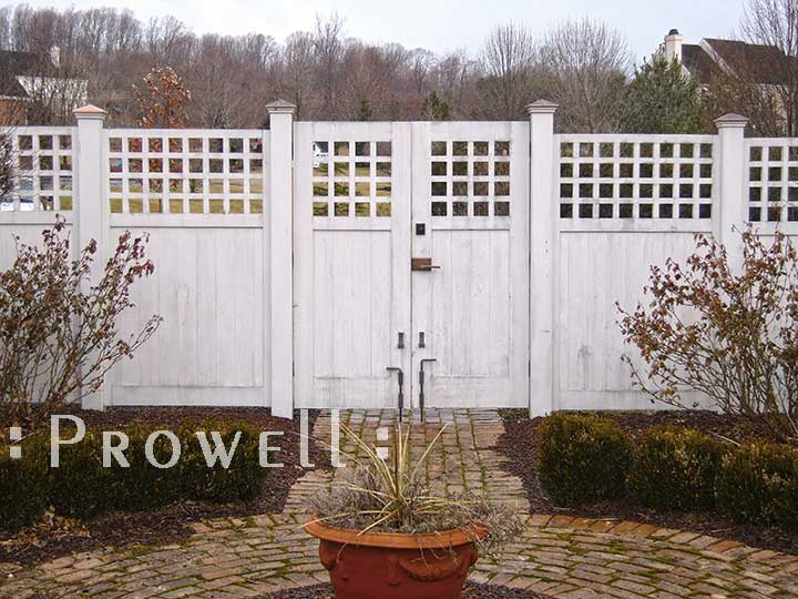 site photograph showing the double gates #103 with matching fence in Pennsylvania