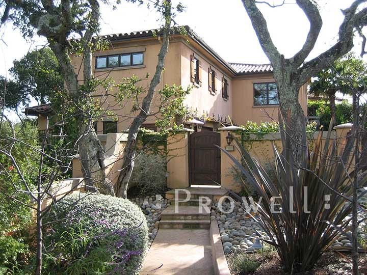 photo showing Wood garden gate for Isabel Allende