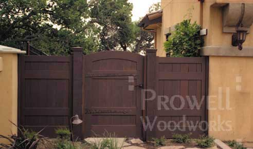 photo showing the side entry wood gate and fence in marin county, california
