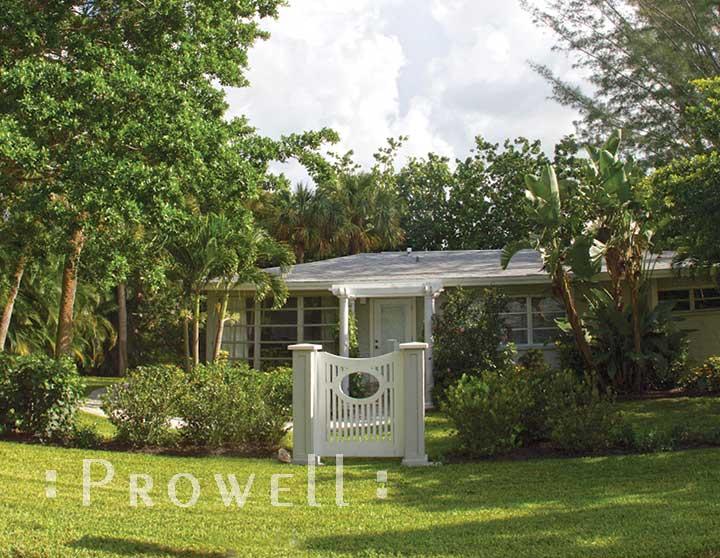 custom wood garden gate #2-7 in Sanibel Island, Florida