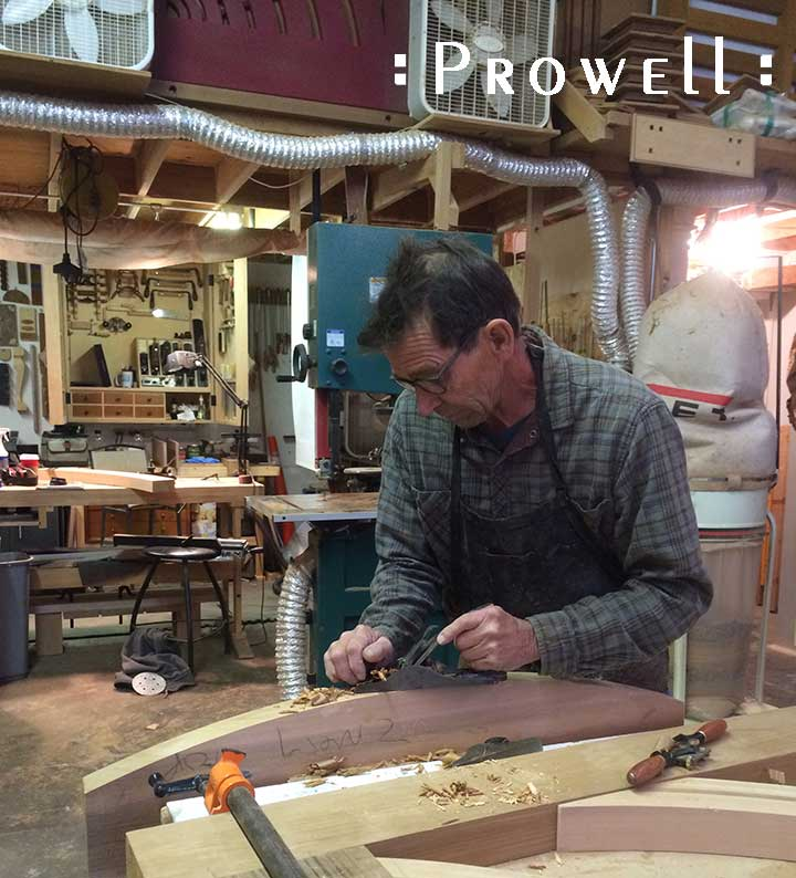 Planing a wood garden gate. PROWELL