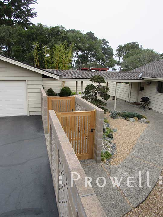 another site photo showing both picket gates #32-7 in Monterey, California