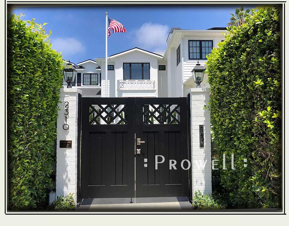 site photo showing the main gate design 39-3 in La Jolla, CA. prowell
