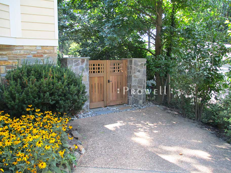 site photograph showing fence and gates #3 in Virginia