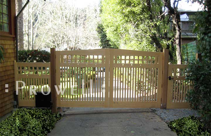 on-site photograph showing the gate design 52-1 with driveway gates #16 in san anselmo, california