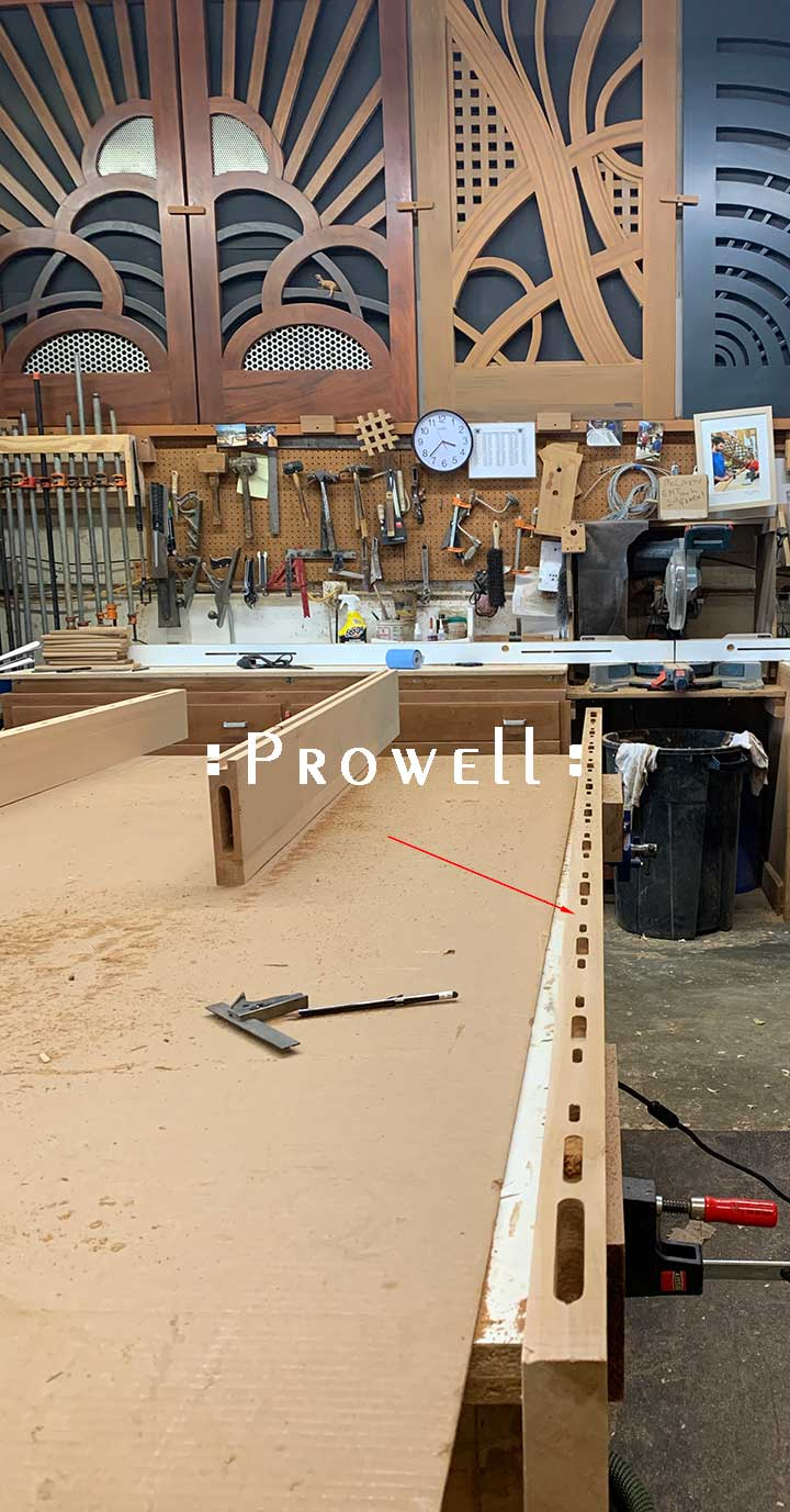 shop photo showing how to build a horizontal wood gate.