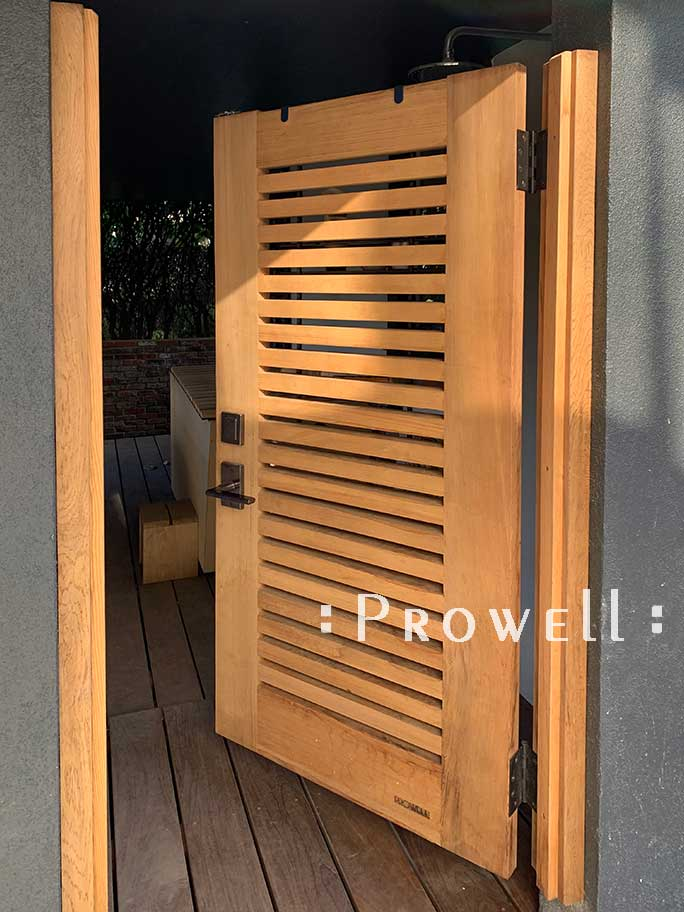 Site photo showing wood gate design #62c in Oakland, CA. Prowell