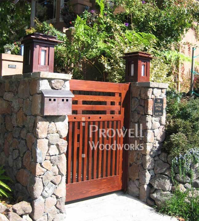 site image of custom gate #68 in Oakland, california