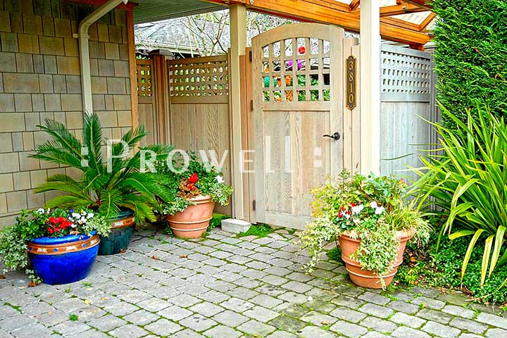 site photo of wooden gate 70-2 in Seattle, Washington