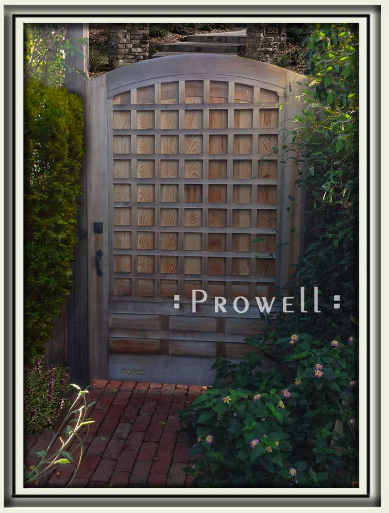 site photograph showing privacy wood gate #77A in Sonoma County, California