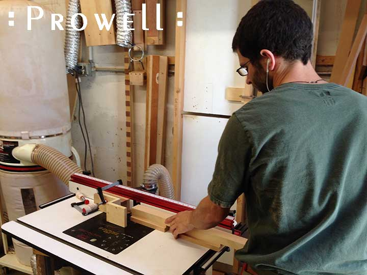 shop photograph showing how to rabbet the grid dividers for gate #87