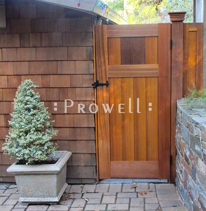 site photograph showing wood privacy fence gate #91-2 in Marin County