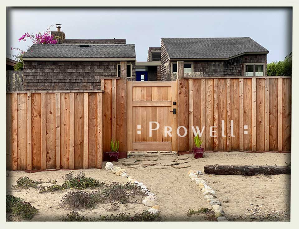 site photograph showing the privacy fence gate #91-3 on Stinson Beach, California