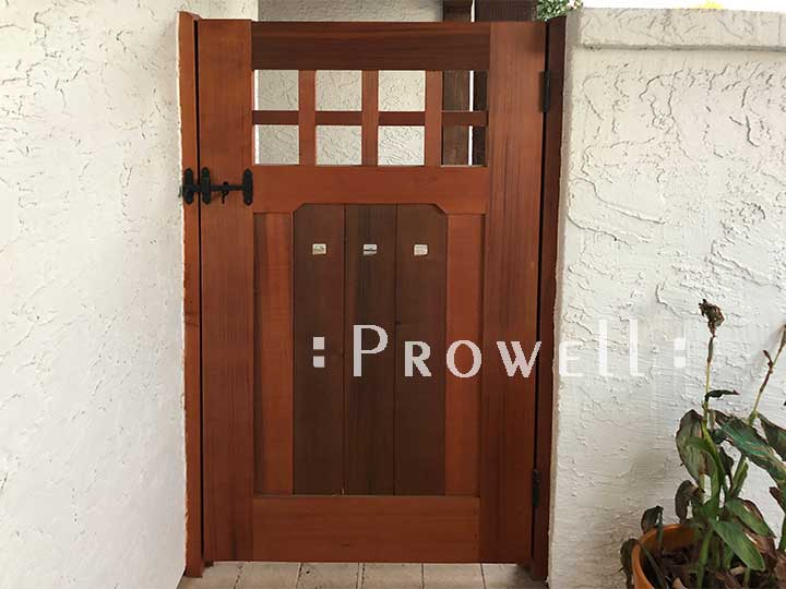 site photograph showing custom wood gate #93-4 in Phoenix, Arizona