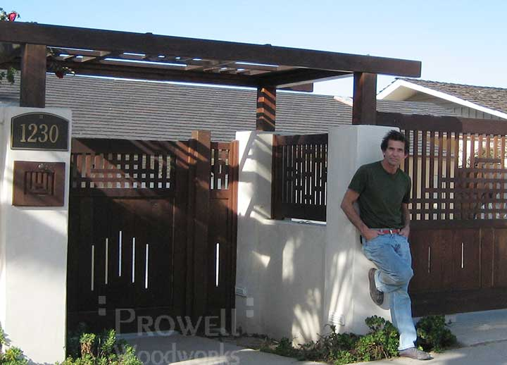 site photo showing Charles visiting the wood gate #94 in La Jolla, CA