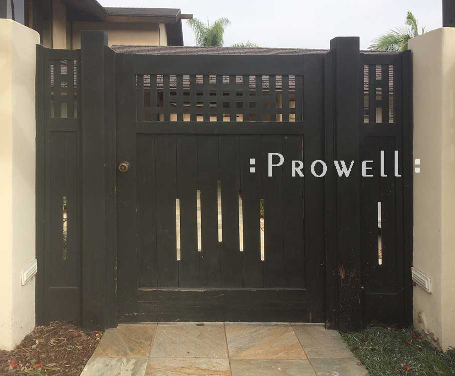 site photograph showing the entry gate #94 19 years after installation in La Jolla, California