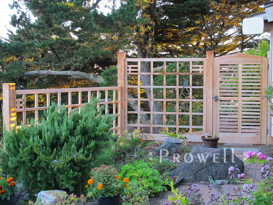 site photograph showing the horizontal wood gates #99-1 and fence #19 in Muir Beach, California.
