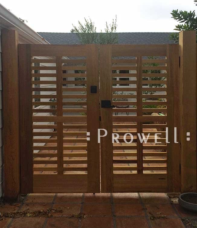 site photograph showing double outdoor wood gates #99 in Sonoma, California