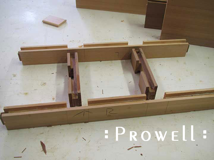 Shop photo showing how to build the wood privacy gates #89.