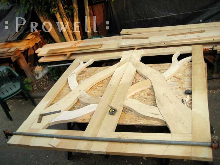 shop photograph of how to build the eccentric garden gates 204
