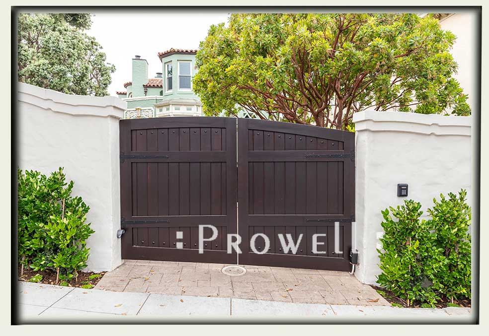 driveway gates on a slope in San Francisco. Prowell